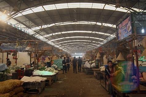 Kerang Di Pasar Kramat Jati satu harapan mengintip aktivitas pasar induk kramat jati