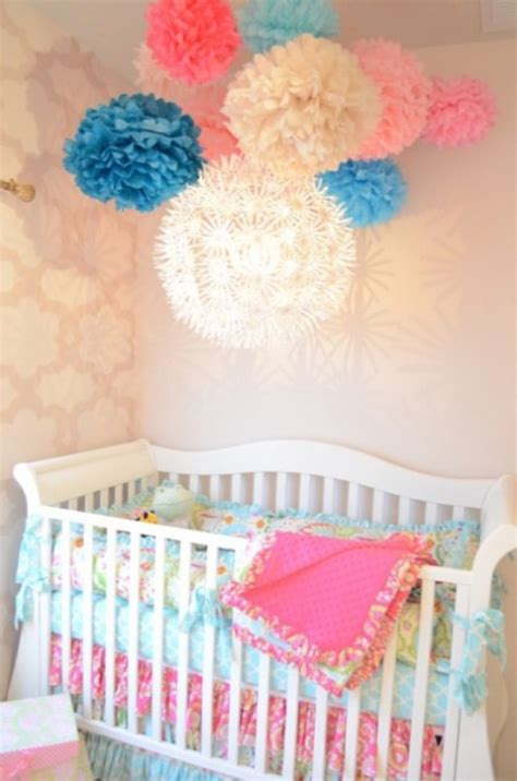 12 Ideas To Decorate A Nusery Room With Mobile Paper Lanterns Kidsomania