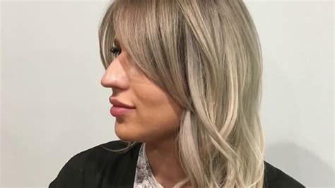 wiki howto face framing hair blending of extensions long layers and a face frame