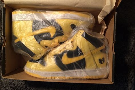 wu tang tearz sle nike quot wu tang quot dunks pair of very rare sneakers for sale