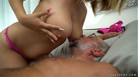 Chubby Babe On Grandpa Dick Aida Swinger Xnxx