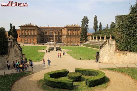 i giardini di palazzo pitti palazzo pitti e i giardini boboli a firenze foto