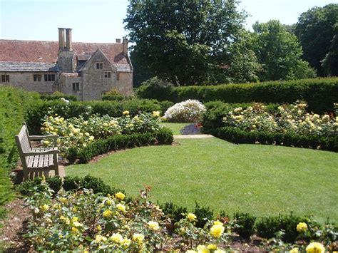 Gardenia Manor Mottistone Gardens Isle Of Wight