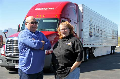 best truck driver 10 best trucking companies for team drivers in us fueloyal