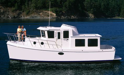 waypoint  coming  spring  american tugs  solid  stateroom pilothouse