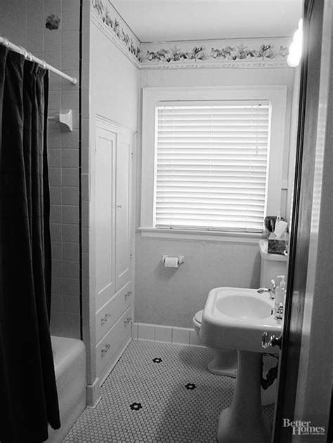pictures of small bathroom remodels small bathroom remodels on a budget