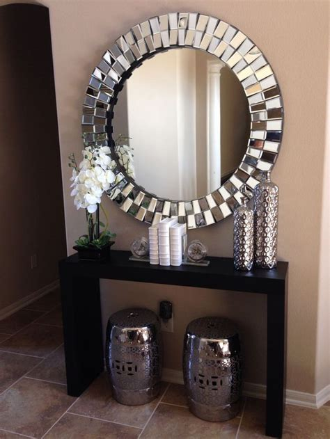 Front Entrance Table Decor Best 25 Small Entrance Ideas On Small