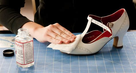 angelus paint nl american duchess how to paint your own 1920s flapper shoes