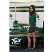 011 Lotus Pit Girl  Motorsport Retro