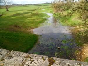 thames river start river thames kemble 169 jaggery cc by sa 2 0 geograph