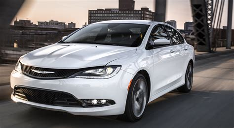 chrysler s 200 why the chrysler 200 is the midsize car of 2015