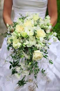 cascade bouquet wedding wednesday shower cascading trailing or waterfall bouquets flowerona
