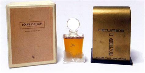 L O U I S Vuitton Rubber Motif 5 heures d absence louis vuitton perfume a fragrance for