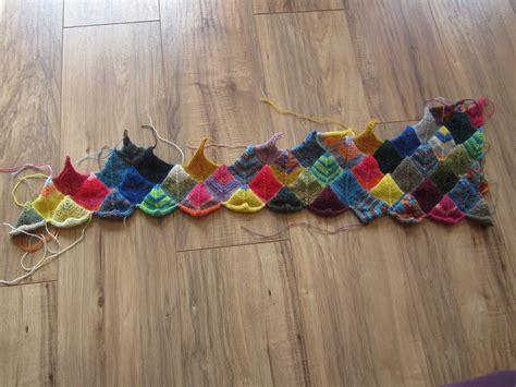 decke häkeln aus wollresten vom stricken und n 228 hen ein projekttagebuch restedecke