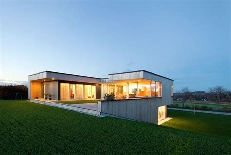 Small Bungalow Houses by Modern Design Meets Countryside House In Austria