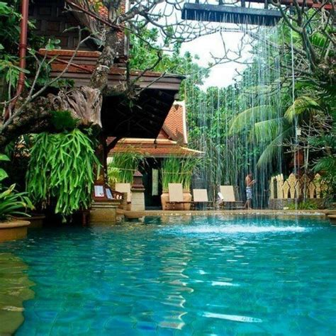 dream backyard the 10 most stunning and amazing jungle swimming pools