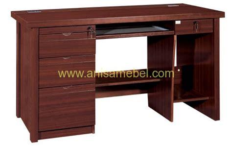 Meja Komputer Untuk Kantor meja komputer kantor harga murah jati minimalis mebel jepara