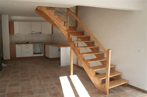 Construire Un Escalier En Bois 3972 by Escalier En Hevea 5 Messages