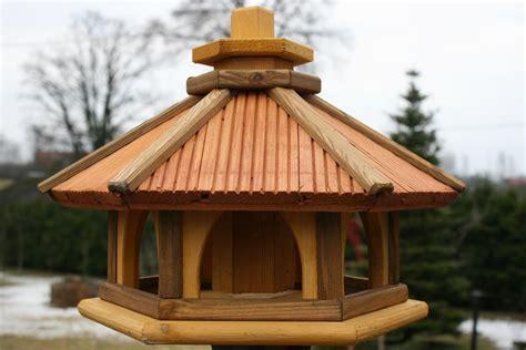 baumhäuser selber bauen anleitung vogelhaus aus holz vogelh 228 uschen vogelh 228 user nistkasten