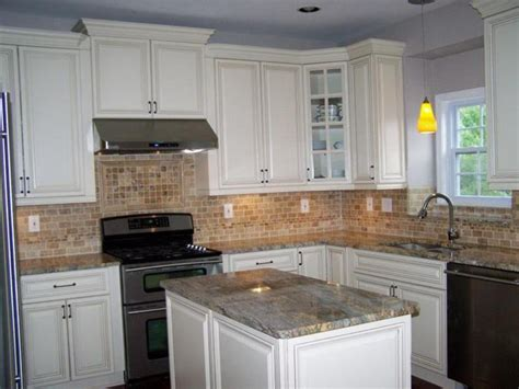 Brown Colored Ceramic Backsplash For Classic Kitchen Decorating Ideas For Kitchens With White Cabinets