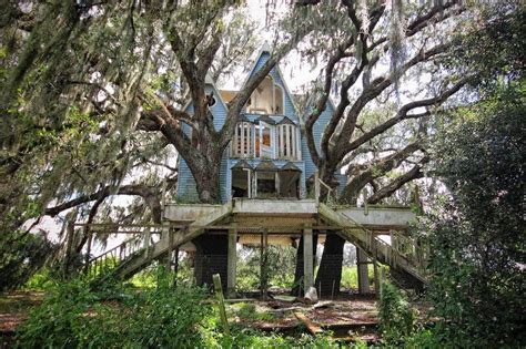 forgotten places 30 eerie abandoned places from around the world 5 is so