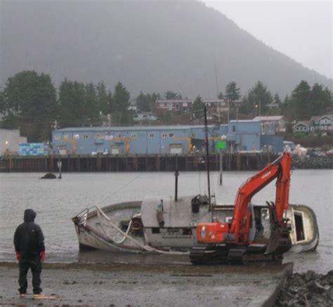 skeeter boat sponsorship as boats sink coast guard issues warning kcaw