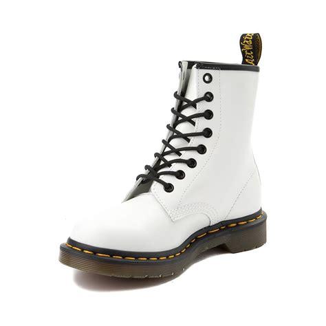 Dr Martens Boot 1460 Putih womens dr martens 1460 8 eye boot white 569850