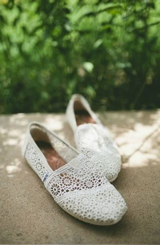 do toms shoes run true to size toms wedding shoes the comfortable flat for every