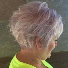 suitable hairstyles for older women with sagging chin short hairstyles for older women with double chin hair