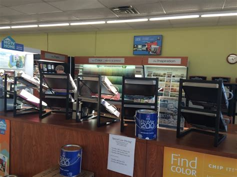 sherwin williams paint store milwaukee wi walking in to the right design area with all of the