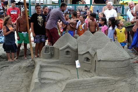 bagni molo alassio alassio ai bagni molo il trofeo castelli di sabbia con l