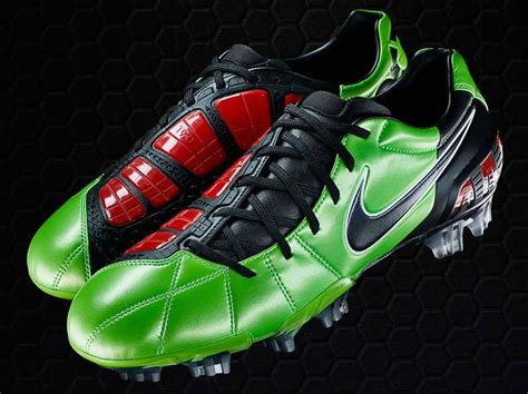 best football shoes the 50 best football boots footballfancast