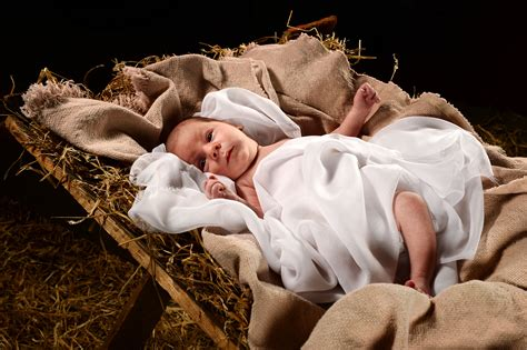 baby jesus in the crib what do mormons believe about the birth of
