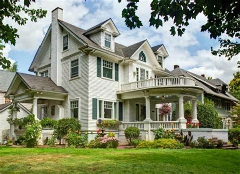 houses for sale in portland mi melissa gilbert s victorian in michigan more house news hooked on houses