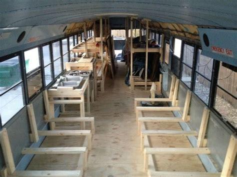 autobus casas cuatro ideas para convertir un autob 250 s viejo en una casa