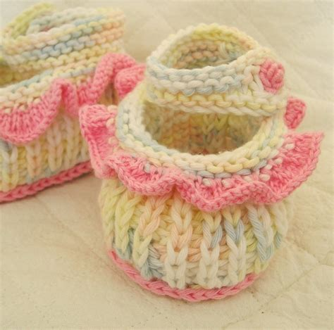 free baby boots knitting pattern free knitting patterns baby booties