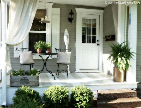 pin  evelyn  front doorporch summer decor front