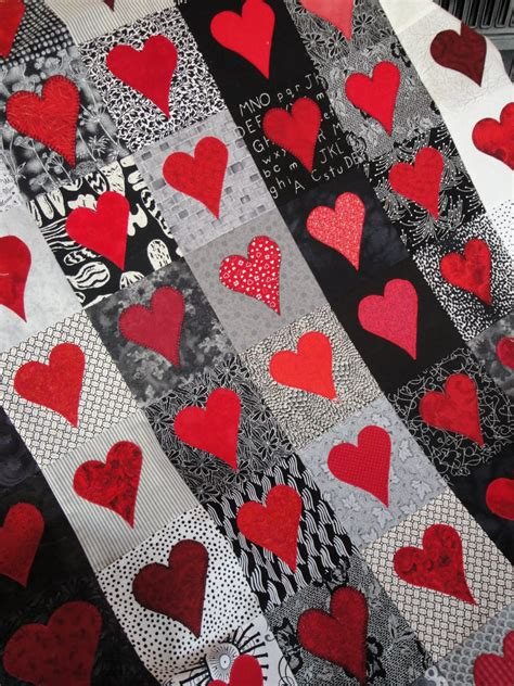 quilt pattern with hearts quilt inspiration free pattern day hearts and valentines