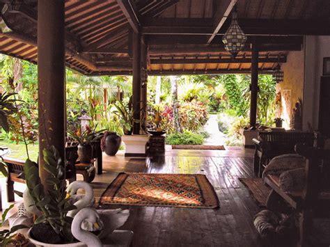 tropical decor living room