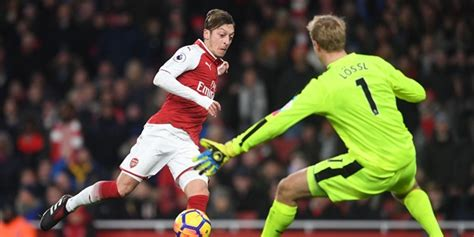 arsenal huddersfield highlights arsenal 5 0 huddersfield town highlights