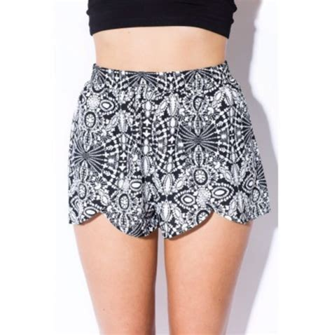 white patterned shorts black and white patterned shorts hardon clothes