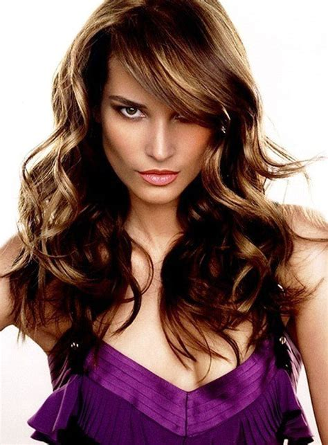 Feather Cut Hairstyle by 20 Feather Cut Hairstyles For Medium And Hair