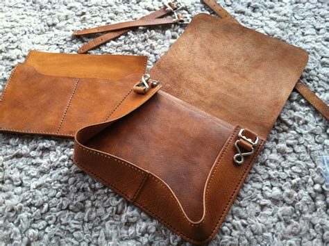 free pattern leather bag sewing leather messenger bag just for clarification