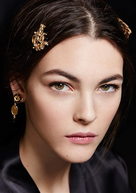 catwalk beauty runway beauty mother inspired beauty at dolce gabbana a