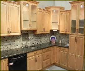 Kitchen Backsplashes With Granite Countertops Kitchen Backsplash Ideas With Maple Cabinets Home Design
