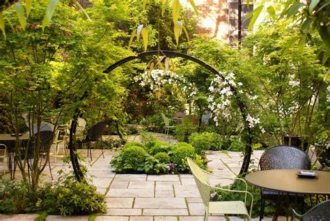 jardin hostels xavier de chirac c 244 t 233 jardin