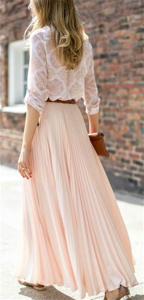 Pastel Blouse Muslim Rok Maxi Flowy blush pink pleated chiffon maxi skirt medallion