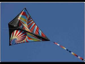 A Kite Out Of Paper - how to make a flying paper kite at home
