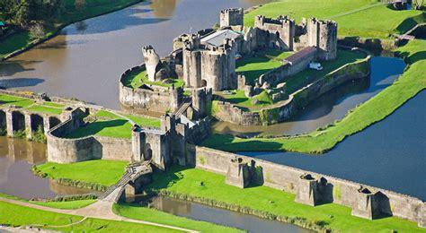 Flash sul mondo   di tutto, di più: Caerphilly Castle