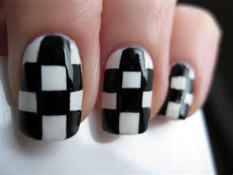 nail art checkered tutorial checkered nail art youtube